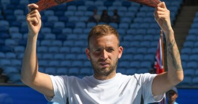 Dan Evans wins first ATP title before Australian Open