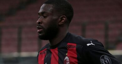 Fikayo Tomori: AC Milan's on-loan Chelsea defender wants racists punished