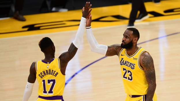 LeBron James stars against Oklahoma City as Los Angeles Lakers win six in a row