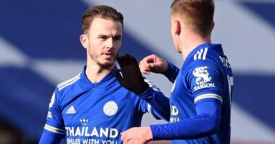 Leicester City staged an astonishing late comeback to beat Liverpool