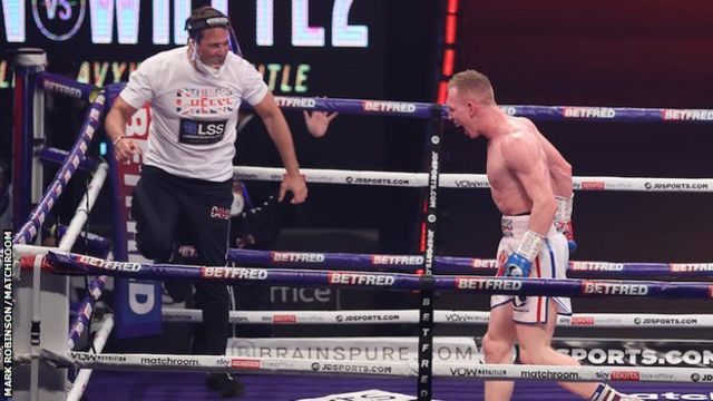 Campbell Hatton landed a straightforward debut win over Jesus Ruiz 24 years on from his father Ricky Hatton's first bout as a professional.