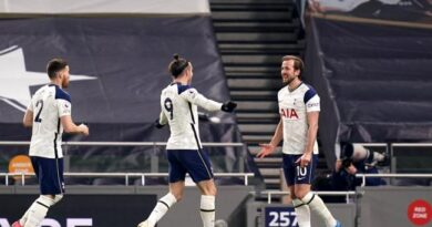 Gareth Bale and Harry Kane both scored twice to inspire Tottenham win over Crystal Palace