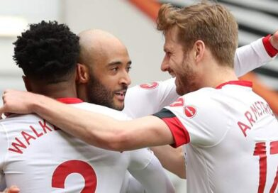 Southampton put their Premier League troubles to one side as they reached the FA Cup semi-finals by brushing past Championship hosts Bournemouth.