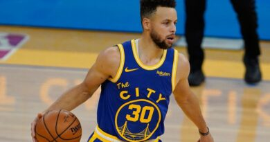 NBA: Stephen Curry shines for Golden State Warriors in win over leaders Utah Jazz