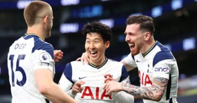 Son's late penalty capped a Tottenham victory