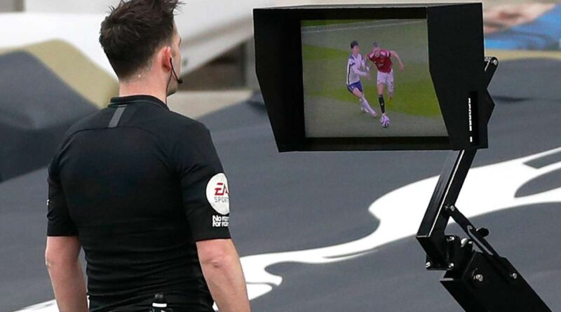 'This is not football anymore' – VAR decision to overturn Cavani's Man Utd goal vs Spurs slammed
