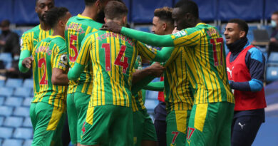 Matheus Pereira and Callum Robinson scored twice as struggling West Brom overwhelmed 10-man Chelsea and emphatically ended the 14-match unbeaten start to Thomas Tuchel's tenure at Stamford Bridge.