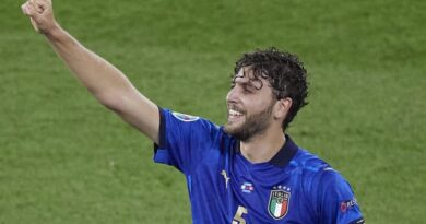 The Bianconeri are hoping to win the race for a much sought-after midfielder, with an official approach being made
