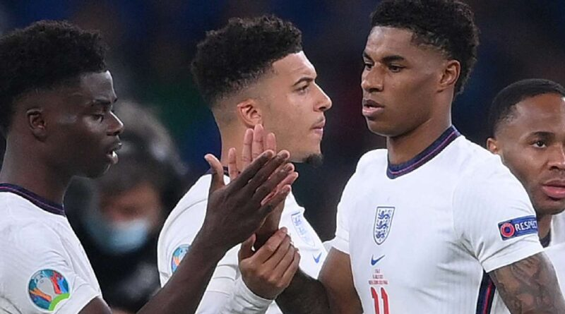 The teenage midfielder has thrown his support behind England international colleagues that failed to convert in a Euro 2020 final shootout