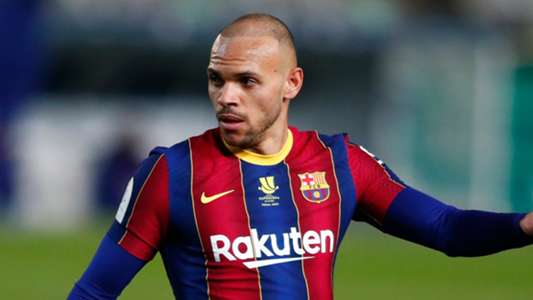 The striker's representative has insisted that the player will remain at Camp Nou for the duration of the 2021-22 campaign