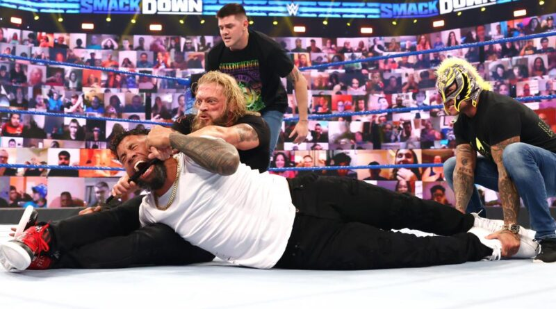 Edge and The Mysterios aggressively repel Reigns