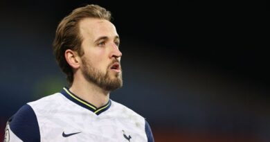 Harry Kane: Tottenham Hotspur striker continues stand-off with club