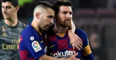 Jordi Alba responds to Messi blame claims and accusations of snubbing Barcelona pay cut