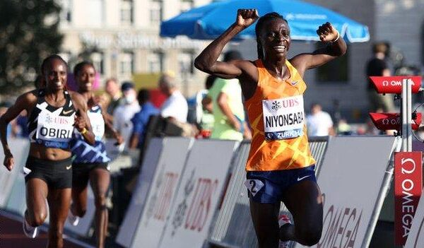 Niyonsaba's victory - like all Diamond League titles - comes with a $30,000 cheque and wildcard entry to next year's World Championships